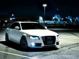 i8に用いられた次世代技術「BMW レーザー•ライト」とは?