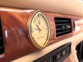 マセラティといえば金時計!美しいインテリアをご紹介!