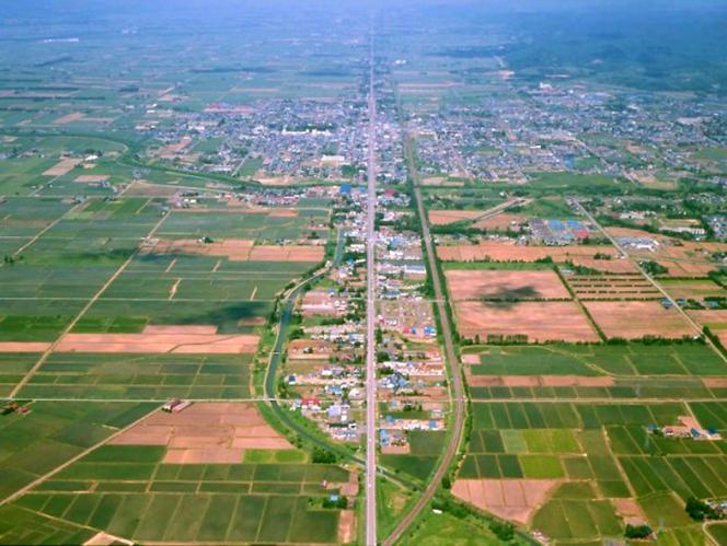 日本一長い直線道路