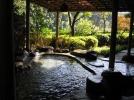 日帰りドライブや1泊温泉旅行に最適!1日楽しめる湯河原のおすすめ観光スポット10選