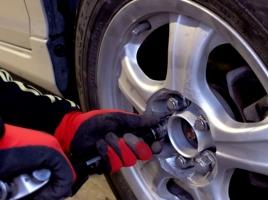 次はあなたかも?タイヤの盗難に気をつけよう!どんな対策をすべき?