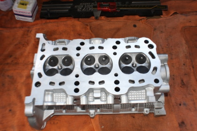 K6A エンジンヘッド