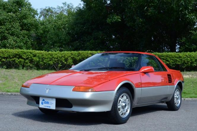 いまだに多くの人が忘れられないであろうトヨタ MR2。日本の自動車メーカーでは、初の市販ミッドシップ車と...