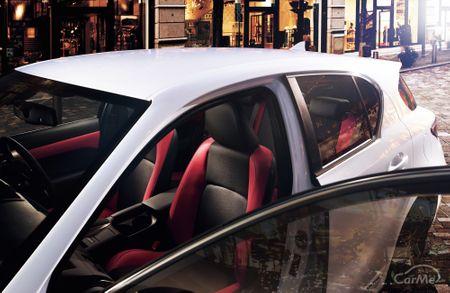 レクサス CTは、同ブランド初のハイブリッド専用モデルとして2011年1月に発売された。CTは「Creative Touri...