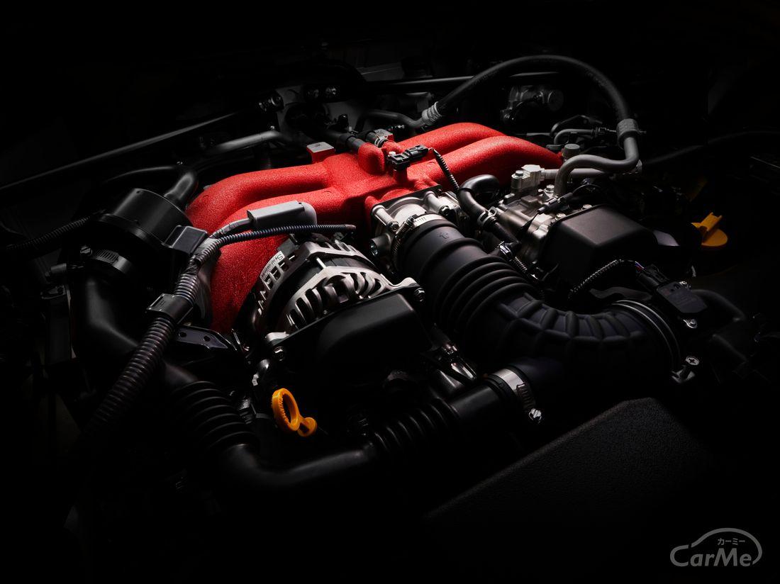 スバル BRZ 水平対向エンジン