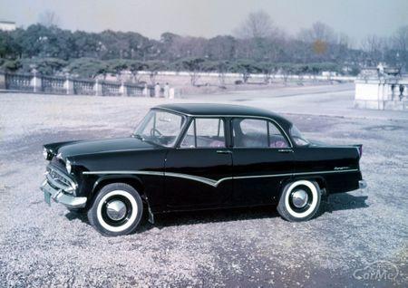 1957年4月、国内トップクラスのエンジン性能と、頑丈なボディに凝った足まわりを纏った「プリンス・スカイ...