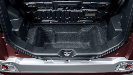 軽スーパーハイトワゴンの中で、遊び心のある装備がたっぷり詰められているのがダイハツのウェイクです。同...