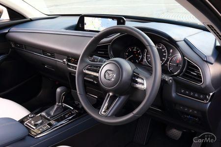 2019年に登場したマツダCX-30。SUVでありながら、クーペのような美しさを備えた、最新の「魂動デザイン」を...