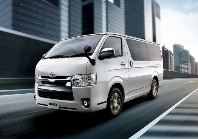 日本を代表するワンボックス、トヨタのハイエースは世界中で人気のクルマです。そのため中古車市場でも、常...