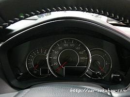 新型カローラ運転席&インパネレビュー【 内装は落ち着いたデザイン】