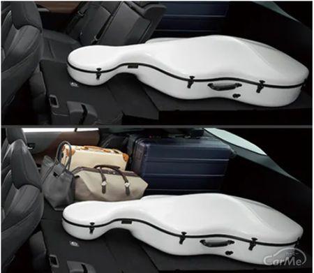 今回はトヨタ 新型ハリアーの収納機能について紹介します。都会派SUVとして長年絶大な人気を獲得してきたト...