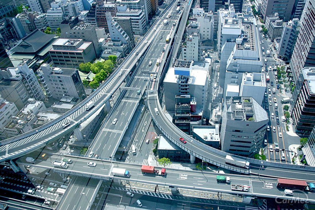 聞けば納得】高速道路のインターチェンジとジャンクションの違い